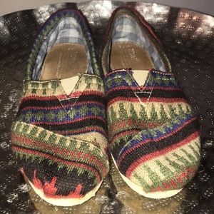 Toms Shoes - Toms